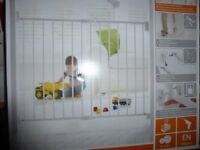 child or pet safty gates made by landam , brand new boxed ,not been opened .