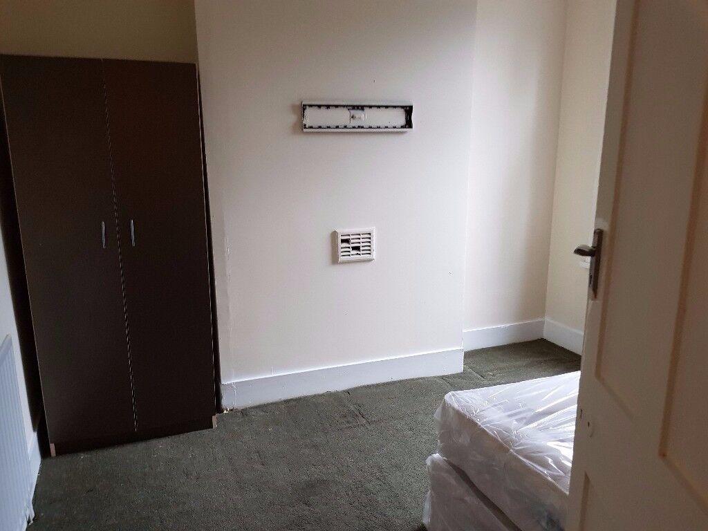 Double Bedroom off Katherine Rd, Forest Gate, East London