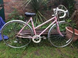 Ladies Vintage 80s Raleigh Prima Racing Bike