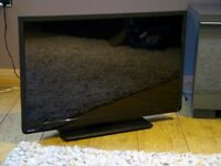 """TOSHIBA 32"""" LED DVD FREEVIEW SAORVIEW FREE DELIVERY"""