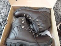 karrimor mens walking hiking boots- worn once as new read ad! size 10.5