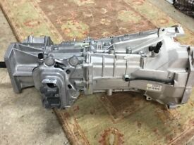 GENUINE LANDROVER DEFENDER GEARBOX WITH CLUTCH AND ASSOCIATED **BRAND NEW**