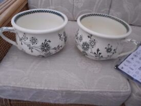 2 MATCHING CHAMBER POTS ANTIQUE EXCELLENT CONDITION .TIPTREE ESSEX.