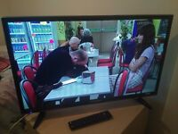 "Mint Condition 32"" BLUAPUNKT LED TV WIFI access' freeview"