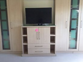 FOR SALE MATCHING DOUBLE WARDROBES, WITH SINGLE SHELVING AND CHEST STAND ONLY 180!!!