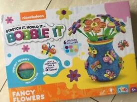 Nickelodeon stretch it mould it Bobble it game make it 5+