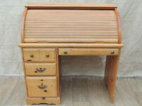 Compact size desk with multiple drawers (Delivery)