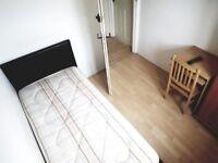 ***Perfect single room Putney***