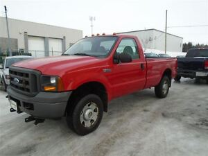 2005 Ford F-250 XL 4x4 8pieds
