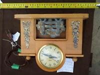 Lot#30--UNITED CLOCK/FIREPLACE (ALL WORKS GREAT)