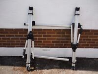 THULE ROOF RACK WITH TWO CYCLE HOLDERS