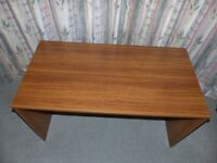 Desk in very good condition.