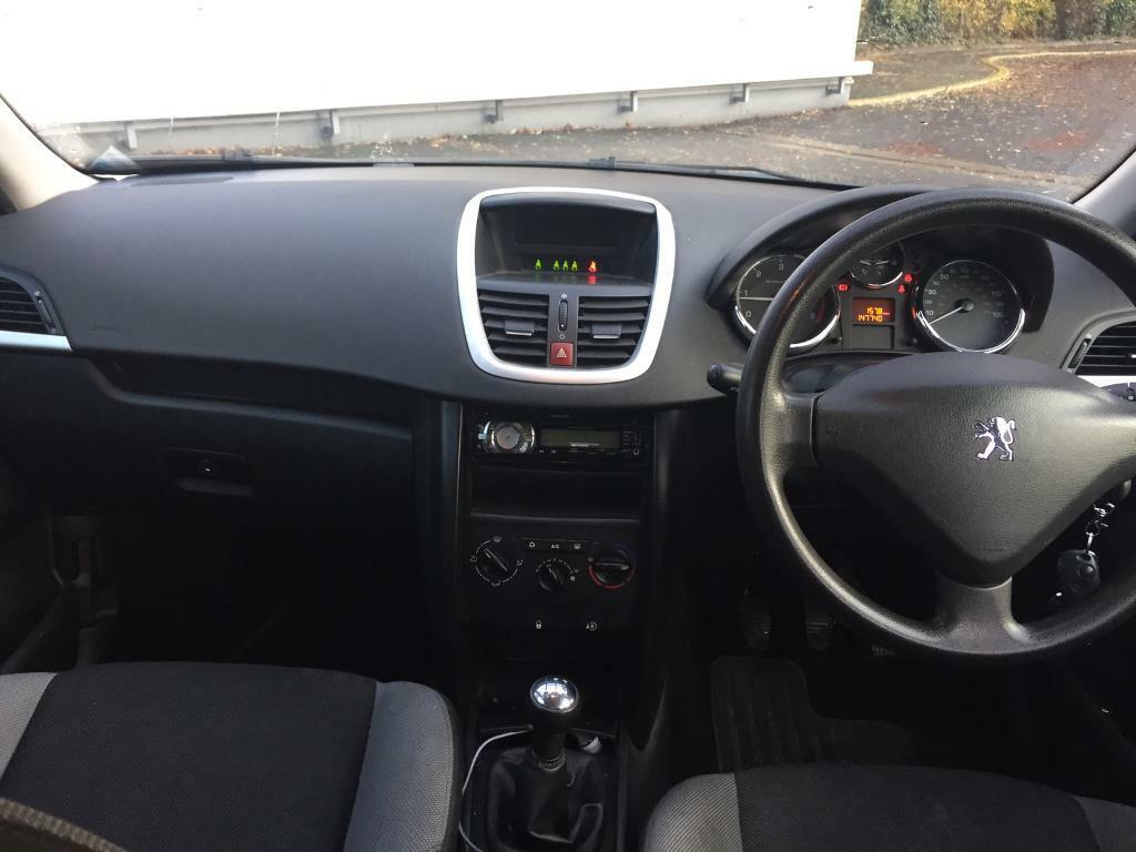 Strange Peugeot 207 1 4 Hdi In South East London London Gumtree Gmtry Best Dining Table And Chair Ideas Images Gmtryco