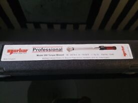 Norbar professional Torque Wrench 1/2;S/D 40-200 N.m Brand new.