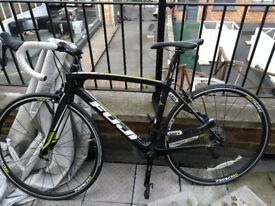 Fuji Granfondo 2.5 Carbon Road Bike
