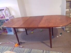 dining table-£15