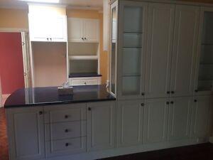 kitchen cabinet + stone benchtop Bentleigh Glen Eira Area Preview