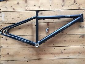 ON-ONE SCANDAL BIKE FRAME - Great condition - spare dropout