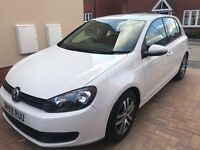 Excellent condition white VW golf, 59 plate, full service history and 12 month MOT