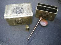 A COTTAGE FIRESIDE SET COAL BOX MAG/RACK CHESTNUT ROASTED HORN &BRUSH BRASS AND COPPER c1930s