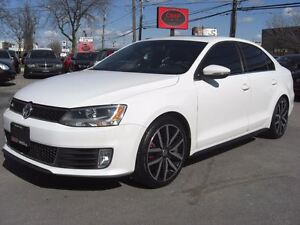 2012 Volkswagen Jetta GLI *Nav / Sunroof / Leather*
