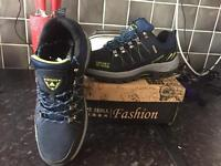 Hiking type trainer eur 42