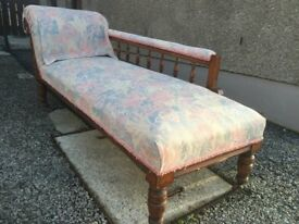 Beautiful Antique Victorian Chaise longue Great Condition -- CAN DELIVER LOCALLY --
