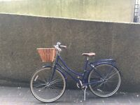 Bobbin Brownie Ladies bike blue great condition with basket, Size M