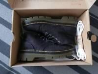 Dr Martens Bonny Boots size 5