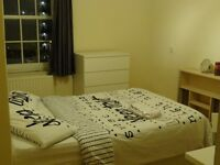 Next to Vauxhall Station Double Room Available Now