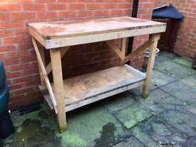 Work bench workshop garage 4x2x3 feet
