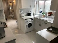STUNNING 3 BED FULLY FURNISHED FLAT LOCATED ON HART LANE AVAILABLE TO RENT NOW