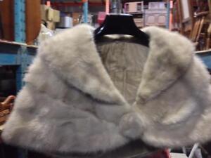 Womens Vintage CLOTHING, coats / Vêtements et manteaux pour Femmes - VINTAGE RETRO MODERN