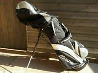Mizuno mp37 irons, all in good used condition 2,3,5,6,7,8,P with bag can deliver or post!!!