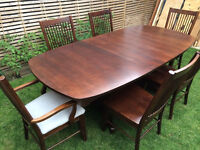 Beautiful large solid wood extendable dining table with 6 chairs, bought in USA, great condition
