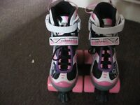 GIRLS ROLLER SKATES SIZE XS 29-32 IN PERFECT CONDITION