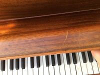 Hibbs piano for sale, in good condition. Perfect for piano players and beginners