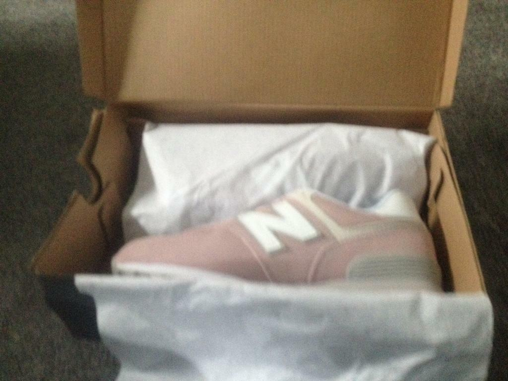 Ladies brand new size 6 trainers