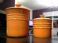 lecreuset kitchen storage pots with air tight lids