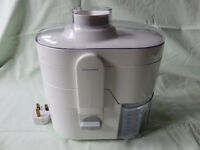 Cookworks Juice Extractor with Instructions - Model 420 / 6130