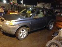 Landrover freelander 1.8 3 door 4 wheel drive with snow tyres & new towbar 2002
