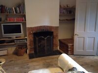 Gillingham 2/3 bed character house to let with garden.
