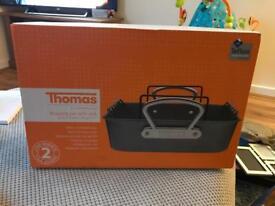 Thomas roasting pan with rack