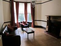 One-bed flat with period features in Drives area of Dennistoun