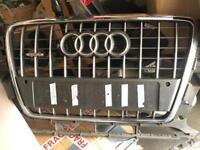 Audi Q5 S-Line front grill chrome