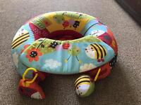 Red kite baby support ring