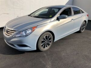 2011 Hyundai Sonata GL, Automatic, Heated Seats, Bluetooth