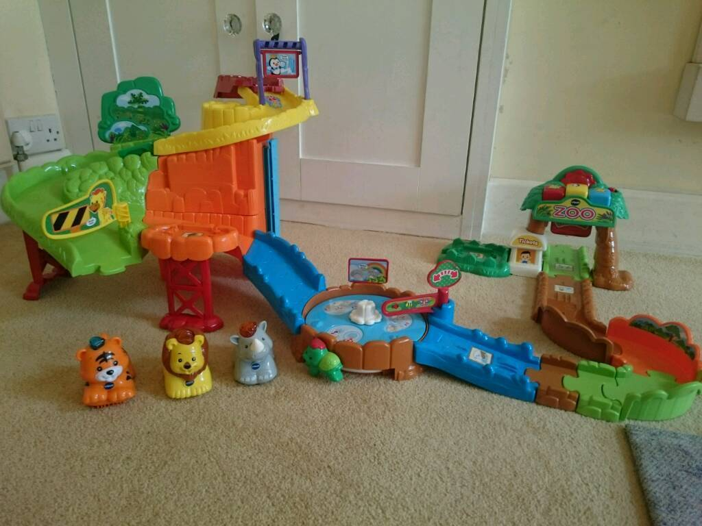 Vtech toot toot safari with lion, tiger and rhino