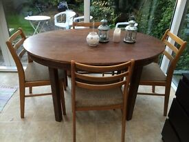 Extendable wood dining table and 4 chairs