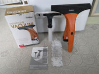 VonHaus Window Vacuum - Window Cleaning Vacuum Kit + FREE Bottle & Microfibre Pad